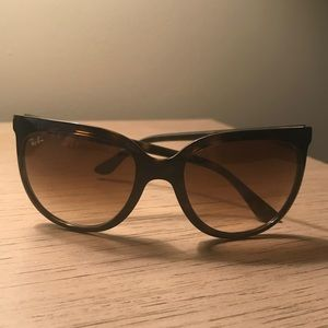 Ray Bans *Authentic* 4126 CATS 1000